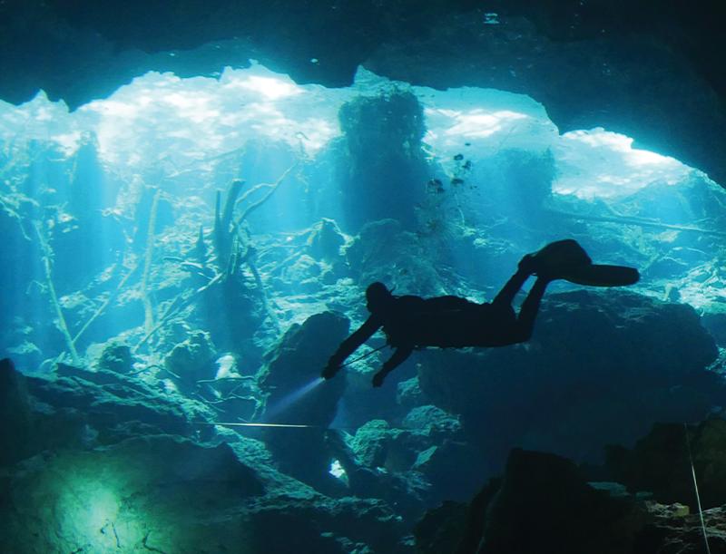 cenote chac mool, plongée cenote, plongée cenote riviera maya, cave riviera maya, plongée caverne riviera maya, plongée playa del carmen